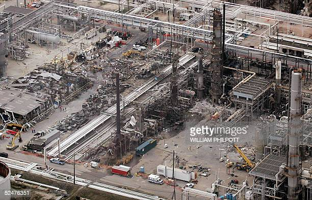 A birds eye view of the wreckage at the BP facility in Texas City 55 kilometers south of Houston 24 March 2005 after an explosion The death toll from...