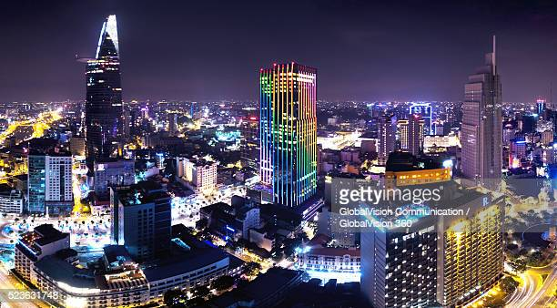 bird's-eye view of saigon's tallest buildings - high dynamic range imaging fotografías e imágenes de stock