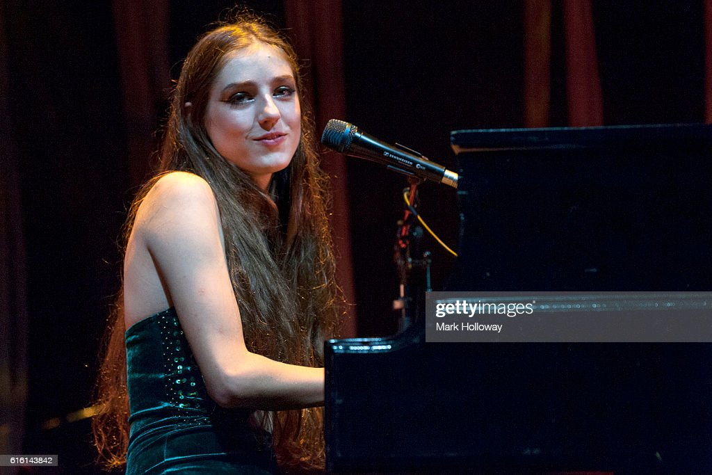 Birdy Performs At Southampton Guildhall
