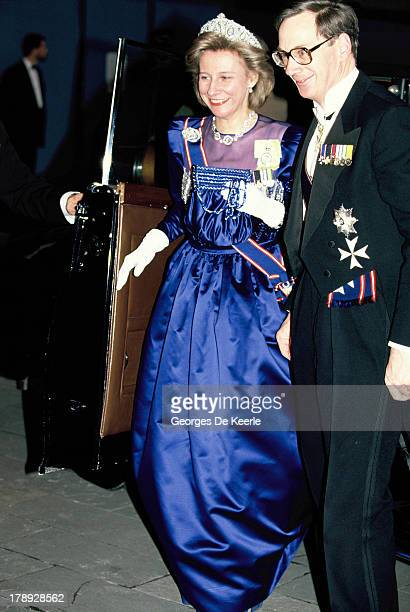 Birgitte, Duchess of Gloucester, and Prince Richard, Duke of Gloucester, attend a state banquet on April 18, 1990 in London; England.