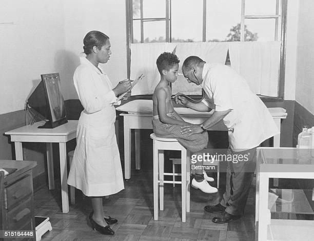 Birmingham, Alabama: Scene in the Slossfield Health center, Birmingham, Al., where the WPA has established health clinics.