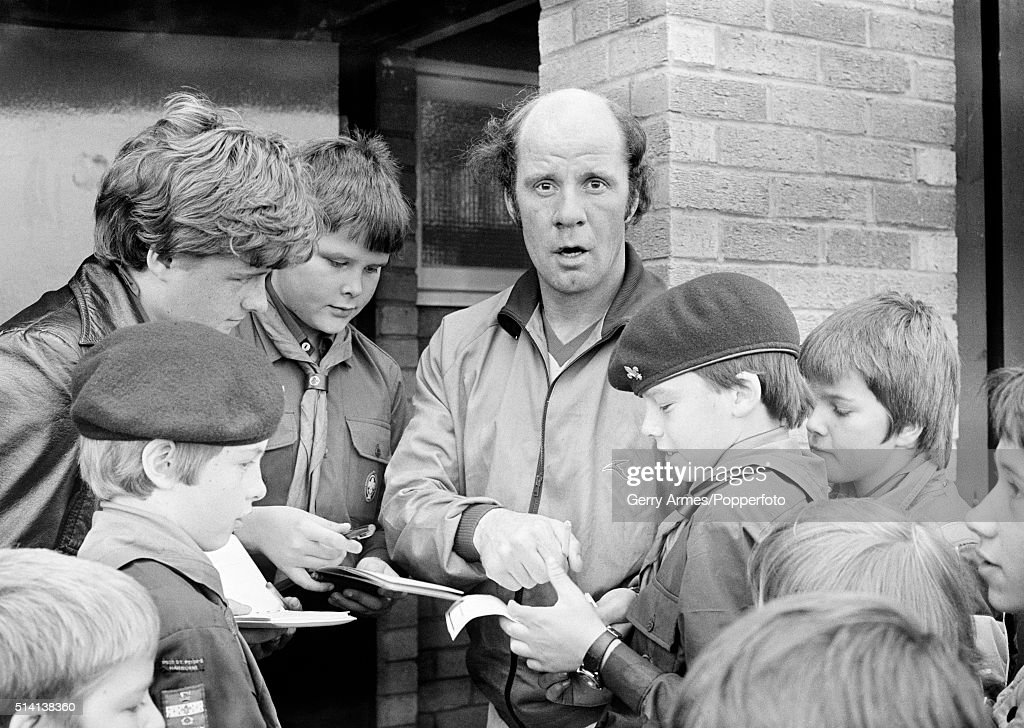 Birmingham City manager Jim Smith signing autographs for some of the Harborne Boy Scouts during their visit to the Birmingham City training ground at Elmdon Heath near Birmingham, 1st November 1979.