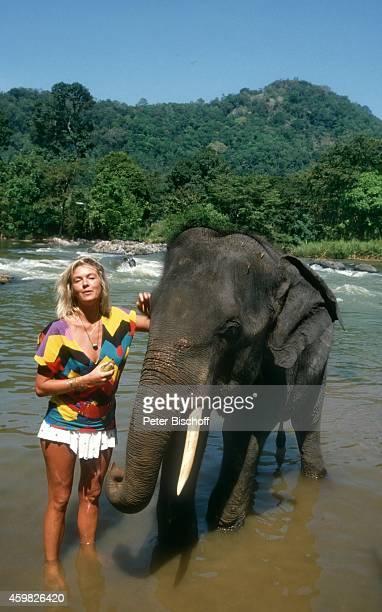 Birte Berg am Rande der Dreharbeiten zum Kinofilm Der Stein des Todes am auf Sri Lanka