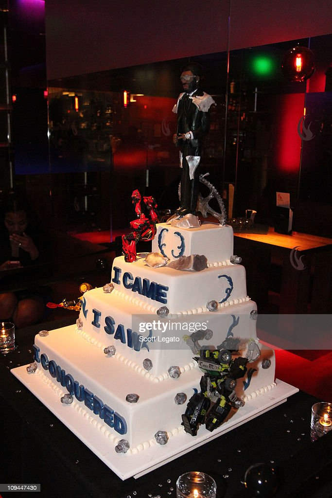 Peachy Birthday Cake At Braylon Edwards 28Th Birthday Bash At The Mgm Personalised Birthday Cards Paralily Jamesorg