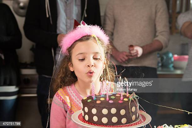 birthday cake baking with daddy - birthday cake stock pictures, royalty-free photos & images