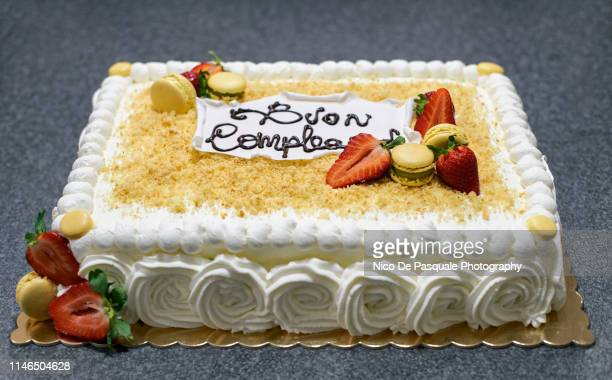 birthday cake - nico de pasquale photography stock pictures, royalty-free photos & images