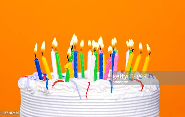 birthday cake - birthday cake stock pictures, royalty-free photos & images