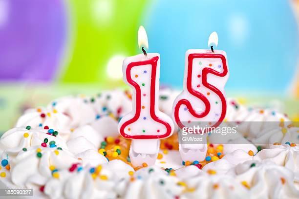 birthday cake - 14 15 jaar stockfoto's en -beelden