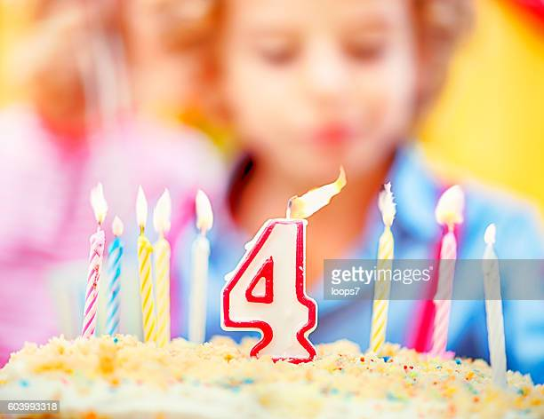 birthday candles on sweet cake - loops7 stock photos and pictures
