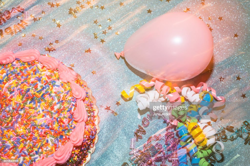 Birthday Celebration With Cake And Party Decorations Stock Foto