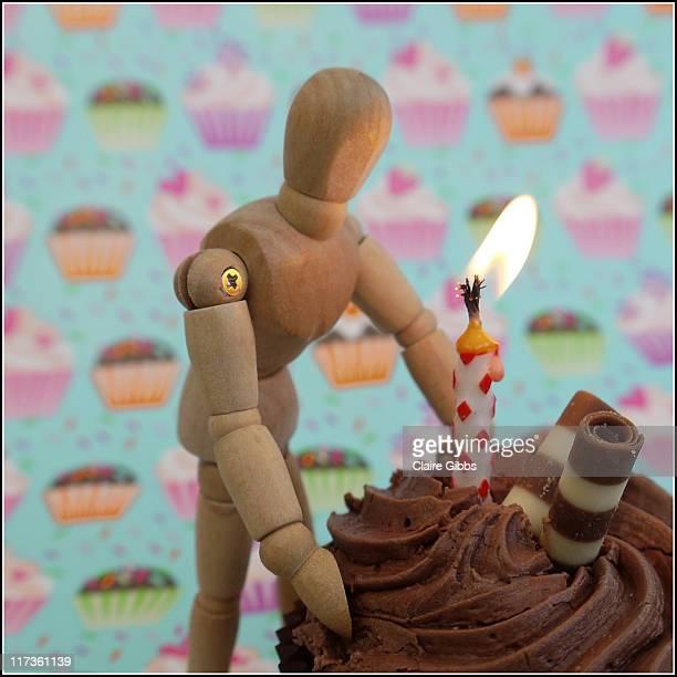 birthday cupcake - chesterfield square stock-fotos und bilder