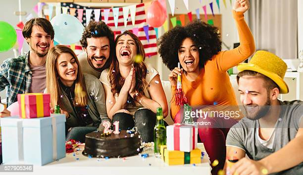 birthday party - 20 24 years stock pictures, royalty-free photos & images