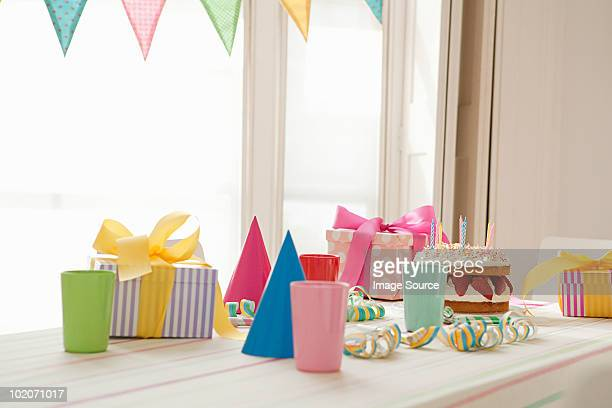 birthday party preparation - happy birthday stock pictures, royalty-free photos & images