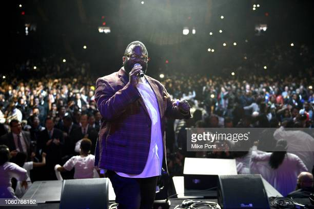 Bishop Hezekiah Walker appears on stage with The 5000 Voice Choir during Peace Starts With Me concert at Nassau Coliseum on November 12 2018 in...