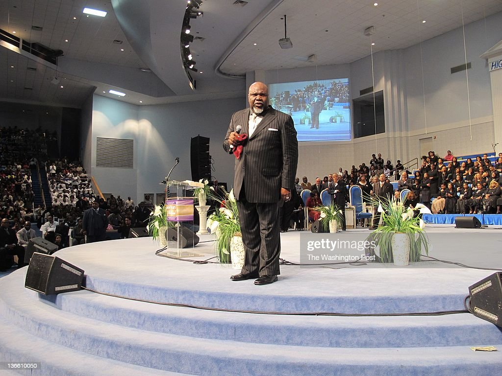 Bishop T D  Jakes of The Potter's House in Dallas preaches at