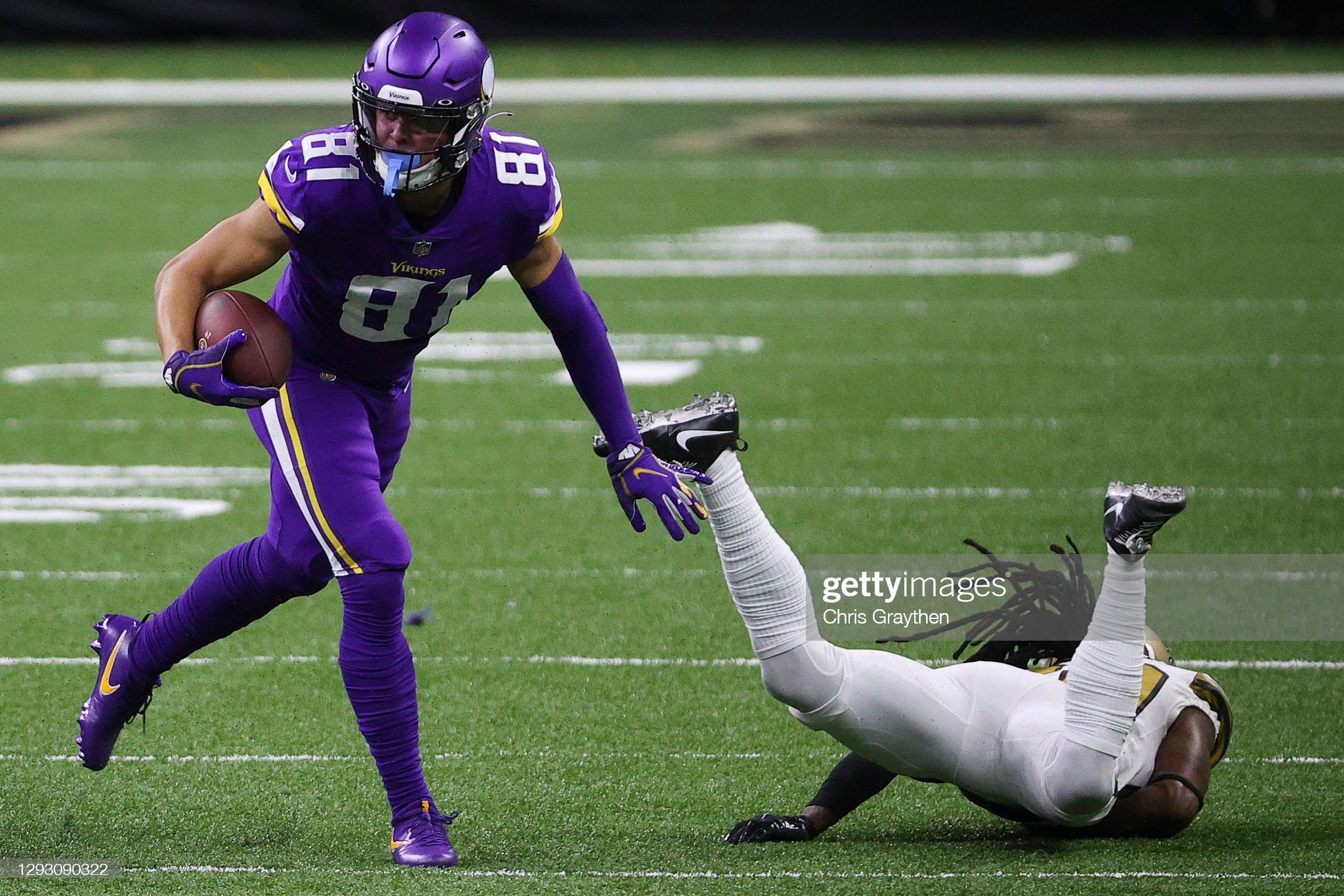 IMAGE(https://media.gettyimages.com/photos/bisi-johnson-of-the-minnesota-vikings-moves-past-janoris-jenkins-of-picture-id1293090322?s=2048x2048)
