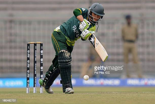 Bismah Maroof of Pakistan bats during the second match of ICC Womens World Cup between Australia and Pakistan played at the Barabati stadium on...