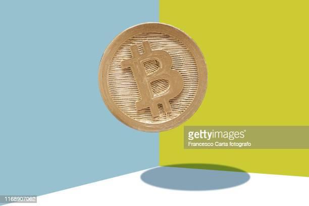 bitcoin - 仮想通貨 ストックフォトと画像