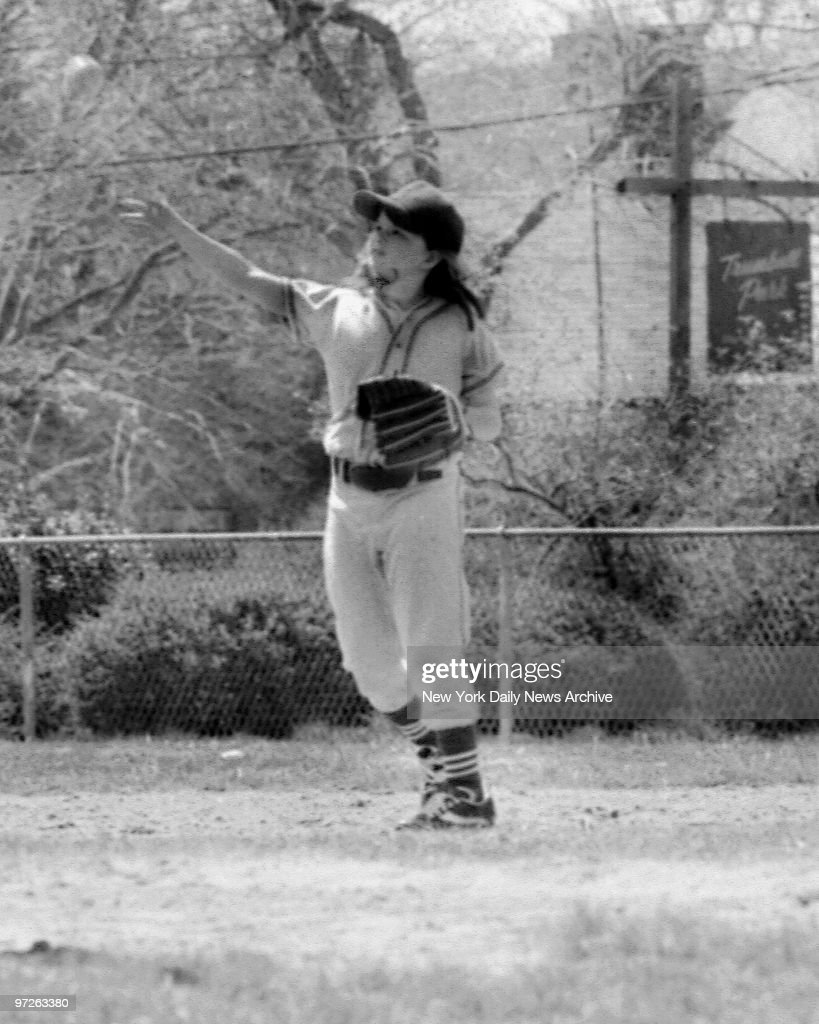 Bitsy Osder, 9, first girl to play Little League baseball in New Jersey.