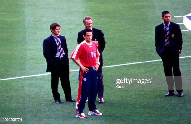 Bixente Lizarazu Hasan Salihamidzic Karl Heinz Rummenigge and Giovane Elber of Bayern Munich prior the UEFA Champions league final match between...