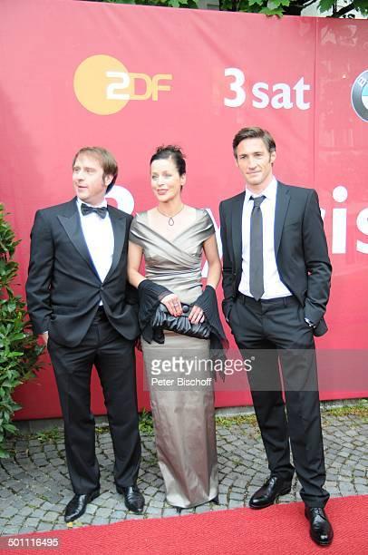 """Bjarne Mädel, Jule Ronstedt, Benjamin Sadler , 21. Bayerischer Fernsehpreis 2009, Preis: """"Der Blaue Panther"""", Prinzregententheater, München, Bayern,..."""