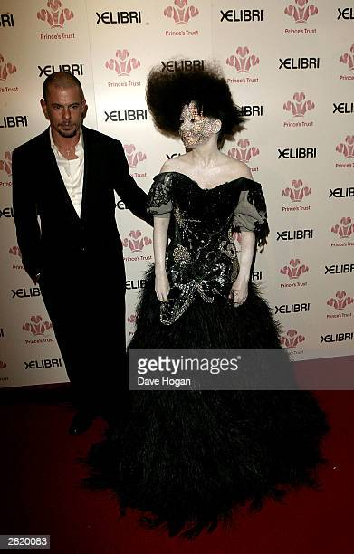 AND THEIR SISTER MAGAZINES OVERSEAS UNTIL TUESDAY OCTOBER 28 2003 AT 9AM GMT Bjork and Alexander McQueen are seen backstage at the 'Fashion Rocks'...