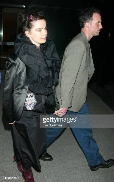 Bjork Matthew Barney during New York Premiere of Matthew Barney's 'Cremaster 3' at The Ziegfeld Theatre in New York City New York United States