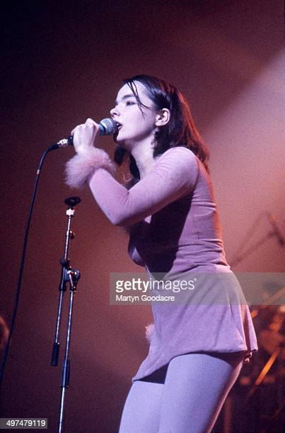 Bjork performs on stage with The Sugarcubes Paris France 1990