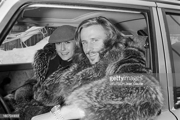 Bjorn Borg In Sweden. Stockholm, janvier 1979.Le tennisman Bjorn BORG et sa fiancée Mariana SIMIONESCU, tous deux vêtus d'un manteau de fourrure,...