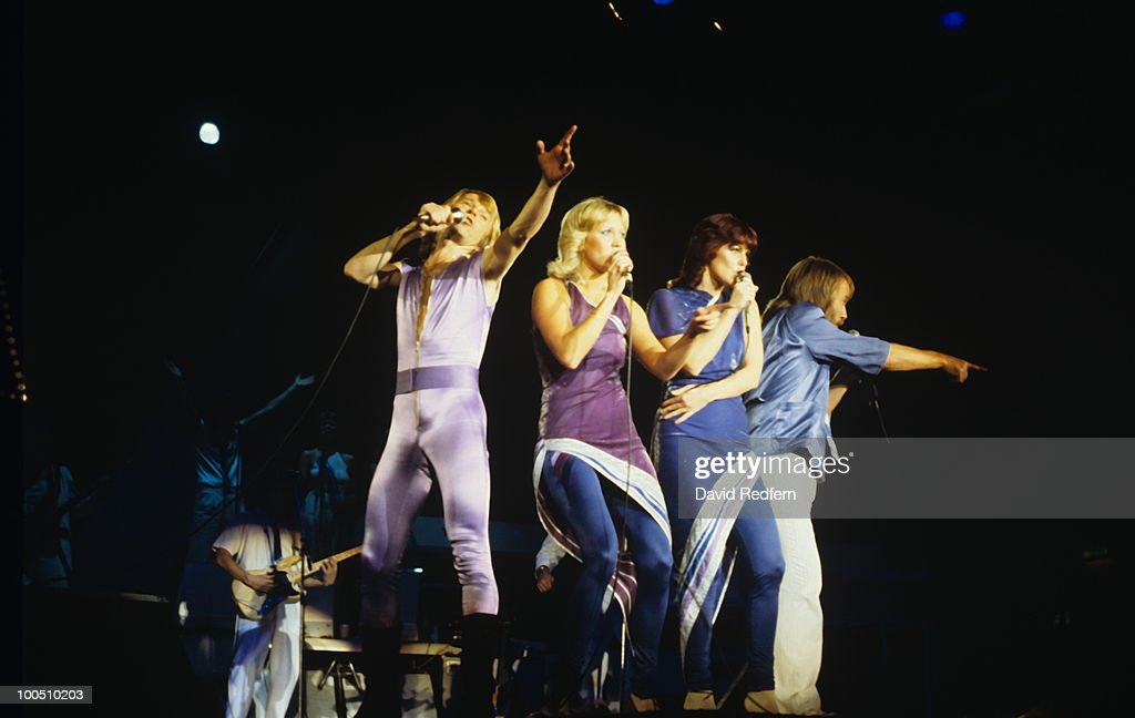 Abba Perform On Stage In London : News Photo