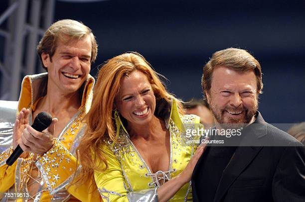 Bjorn Ulvaeus of ABBA with the cast of 'Mamma Mia' at curtain call following their 5th Anniversary Celebratory Performance on October 18 2006 in New...