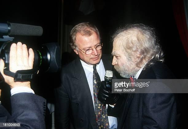 "Björn-Hergen Schimpf , Gerhard Schmidt-Thiel , ARD-Show: ""Experimente mit Schmipf"", , Moderator, Mikrofon, Kamera, Dreharbeiten, Interview, Promis,..."