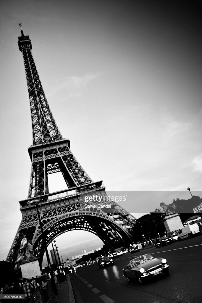 Black And White Photo Of Eiffel Tower With An Old Car Paris High Res Stock Photo Getty Images