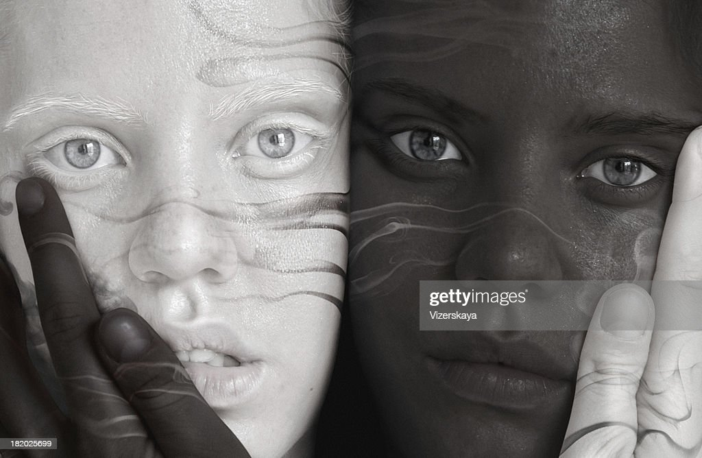 black and white twins : Stockfoto