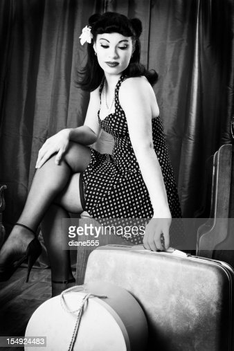 noir et blanc de pinup mod le vintage photo getty images. Black Bedroom Furniture Sets. Home Design Ideas