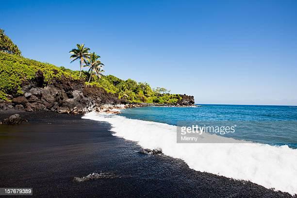ブラックのビーチ Honokalani Wainapanapa マウイ、ハワイ