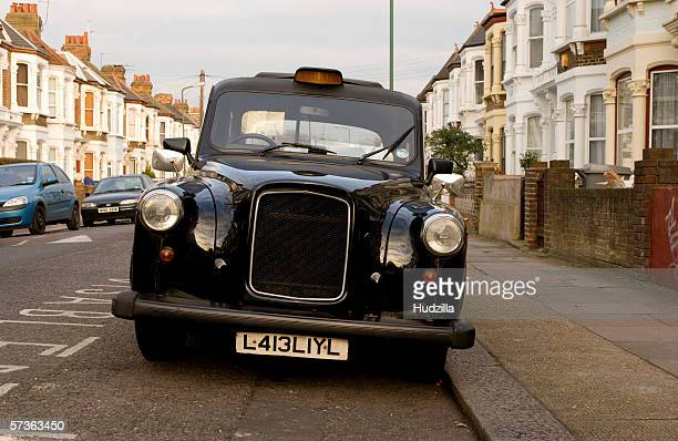 black cab in london, england - british culture stock pictures, royalty-free photos & images