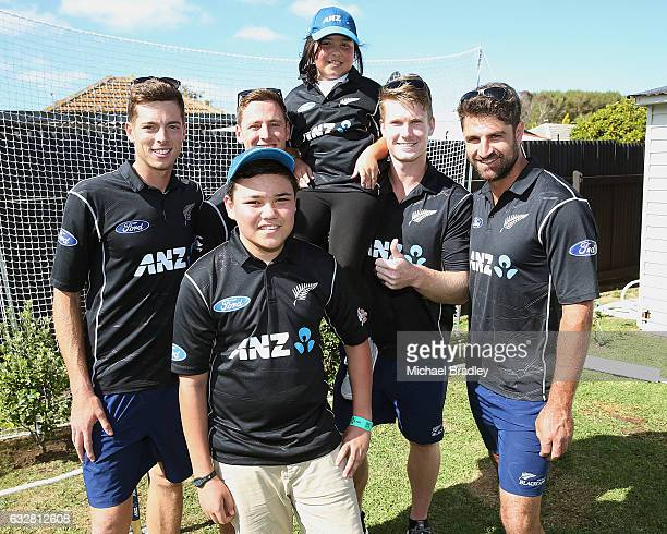 Black Caps Mitchell Santner Matt Henry Jimmy Neesham Colin de Grandhomme and cricket fan Christopher BrabantHenry aged 14 and his sister Regan aged 7...