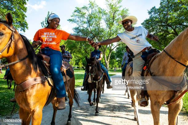 Black Chicagoan and Indiana horse owners ride through Washington Park on June 19 2020 in Chicago Illinois Juneteenth commemorates June 19 when a...