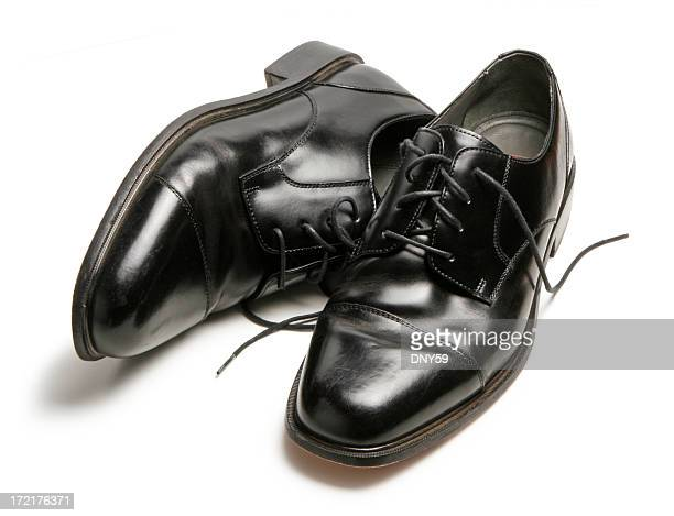 schwarzen schuhe - schwarze schuhe stock-fotos und bilder