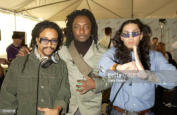 Black Eyed Peas backstage at the MTV 2001 Video Music Awards during the Radio Forum at Metropolitan Opera House in New York City on September 5 2001...