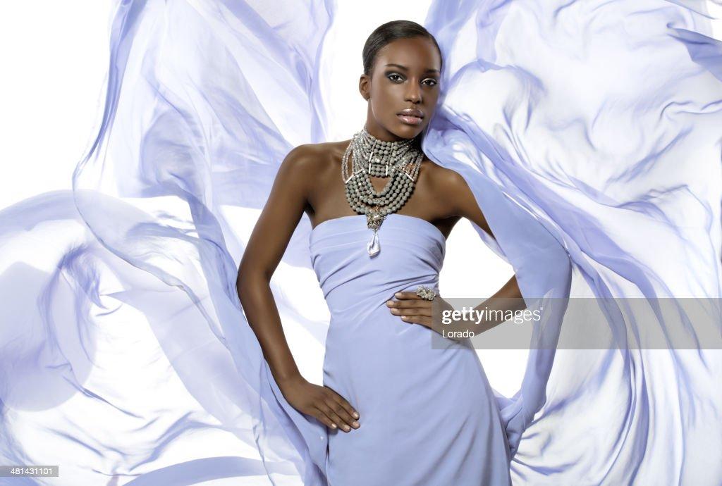 black fashion model posing advertising jewelry : Stock Photo