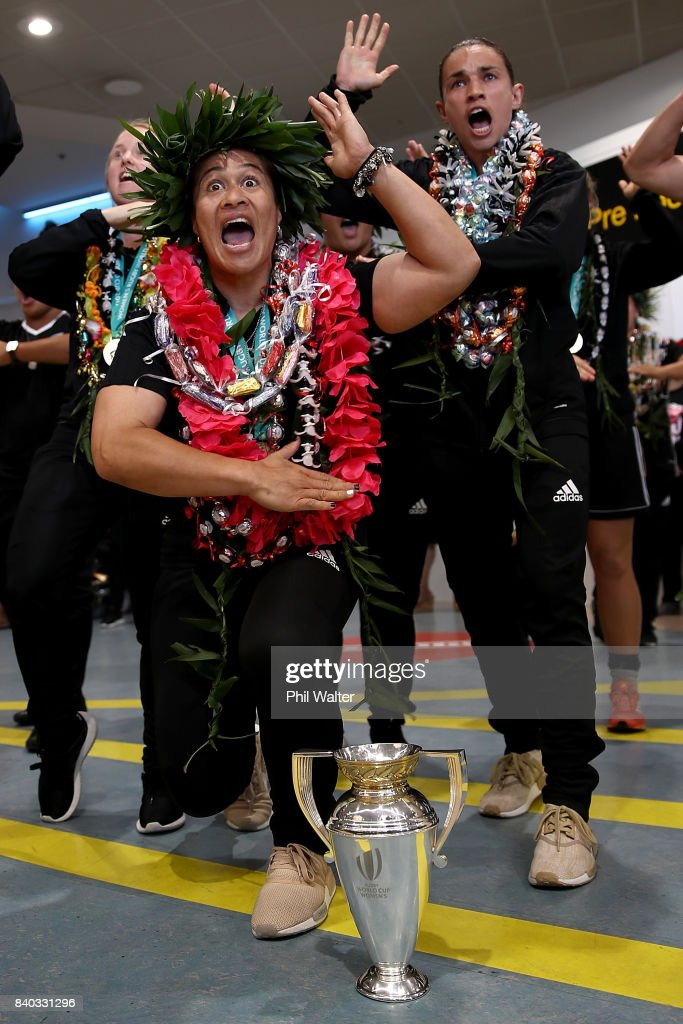 Black Ferns captain Fiao'o Faamausili performs a haka in front of the trophy as the New Zealand Black Ferns arrive at Auckland International Airport on August 29, 2017 in Auckland, New Zealand. New Zealand won the 2017 Women's Rugby World Cup by defeating England in the Final in Belfast.