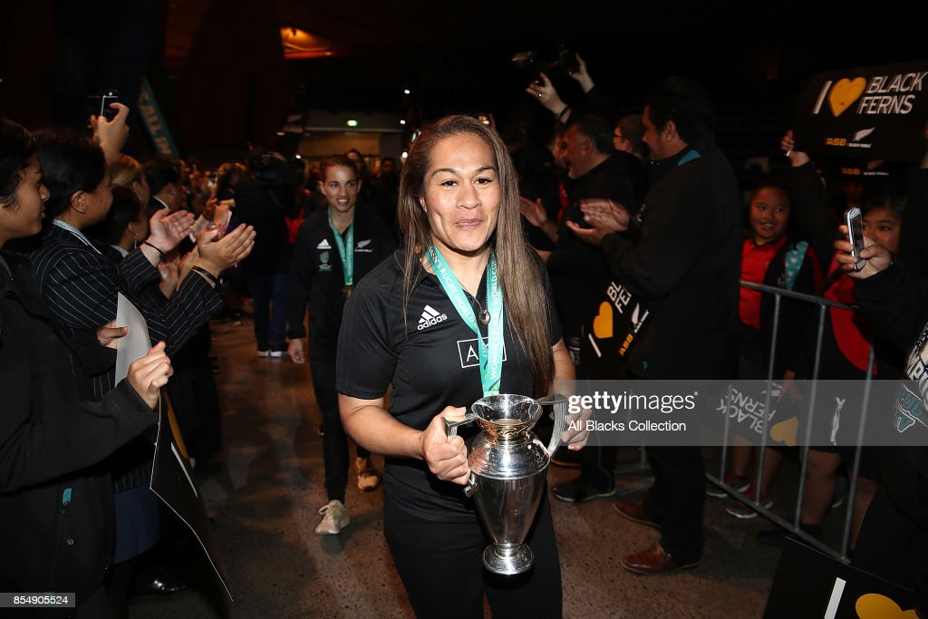 Black Ferns captain Fiao'o Fa'amusili arrives with the trophy for the New Zealand Black Ferns celebration at Vodafone Events Centre on September 28, 2017 in Manukau City, New Zealand. The New Zealand Black Ferns continue celebrations for their 2017 Rugby World Cup win.