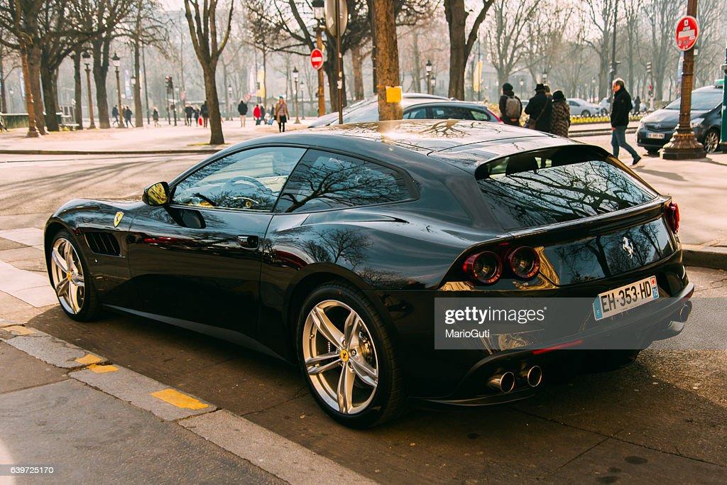 Black Ferrari Ff Stock Foto Getty Images