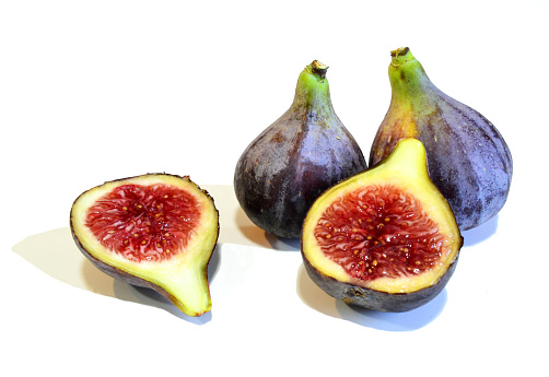 Black figs on white background - gettyimageskorea