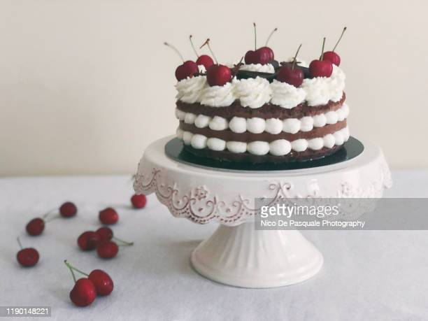 black forest cake - cakestand stock pictures, royalty-free photos & images
