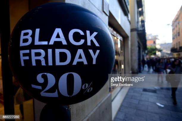 black friday balloon offering discounts on purchases - black friday stock photos and pictures
