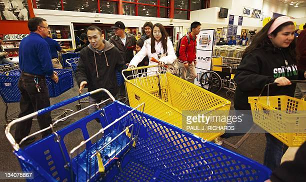 Fair Lakes Best Buy Stock Photos and Pictures | Getty Images