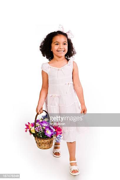 Schwarze Mädchen in den Frühling